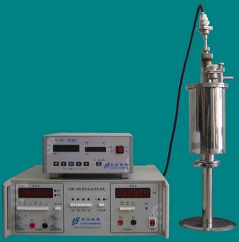 低温电导率和交流磁化率