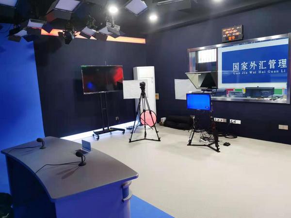 环影助力巨鹿县职教学校建设校园电视台
