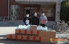 回龙观足球协会、便民超市向北京农学院捐赠防疫物资