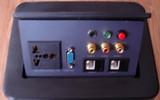 高檔多媒體桌面插座