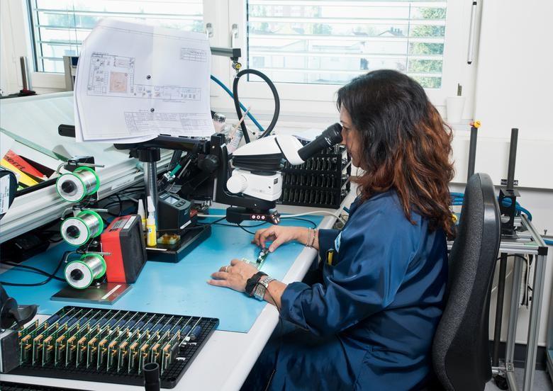 Leica DVM6超景深三维视频显微镜|汽车制造业|法医学|电子行业|质量检测|考古学、科学研究等领域的重大作用